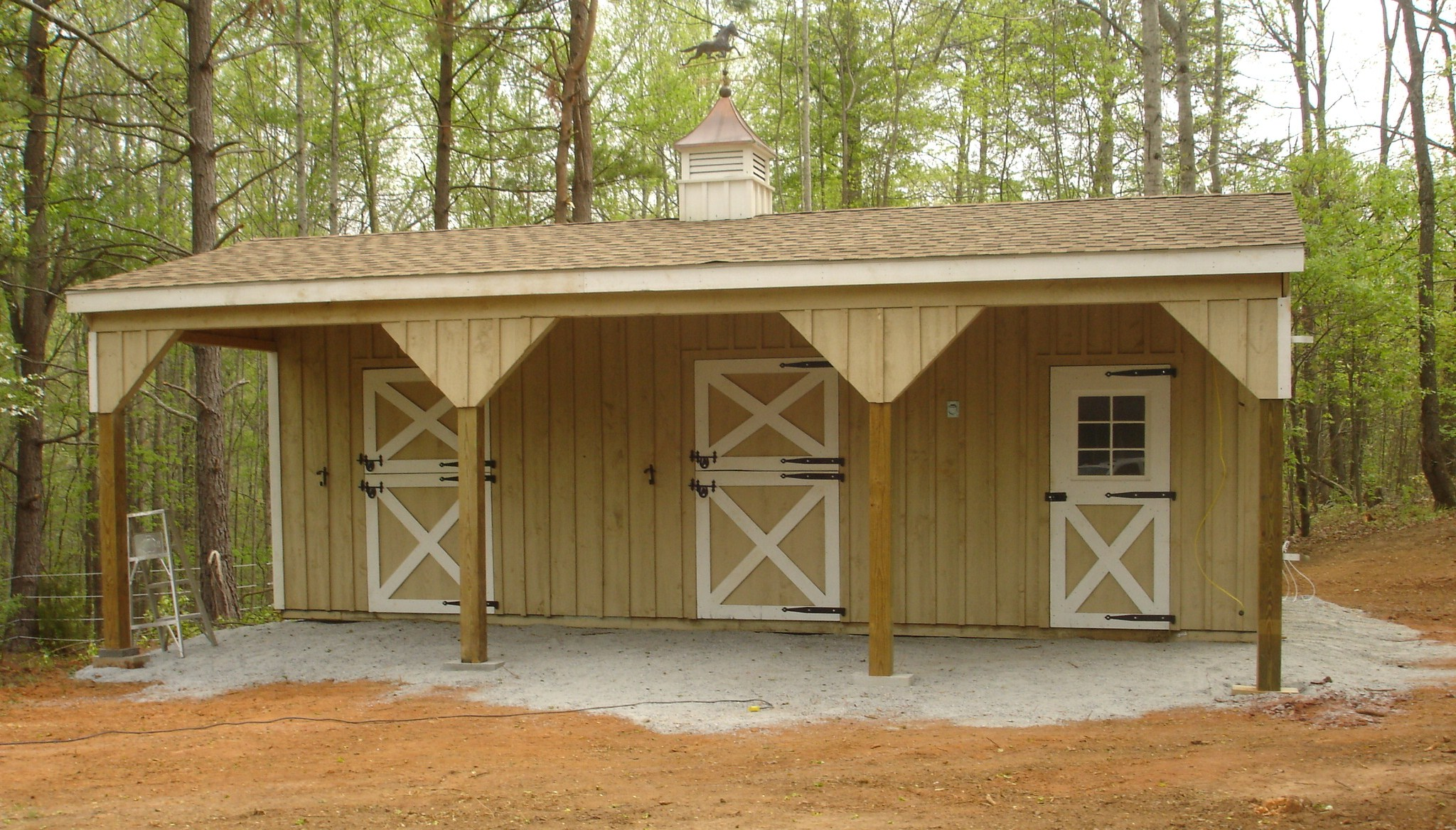 Shed Row Horse Barn With Lean To 2