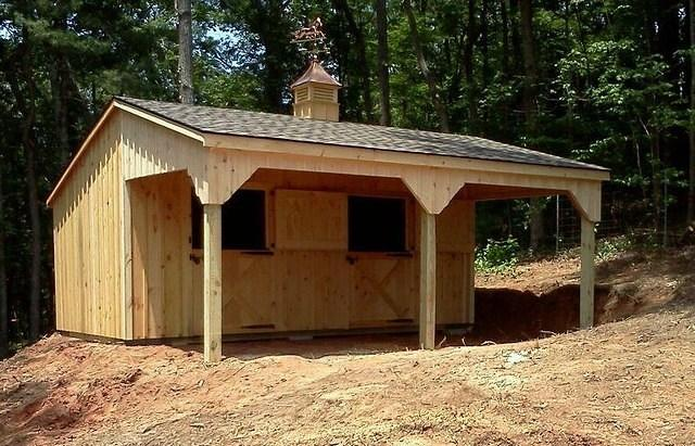 Shed Row Horse Barn With Lean To